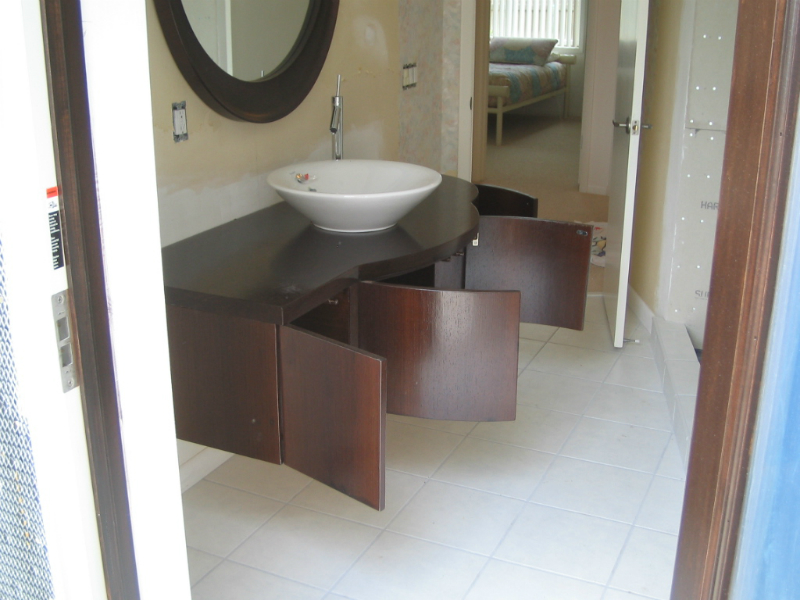 Bathroom cabinets by mdesign in tampa bay for Bath remodel tampa